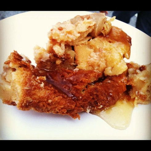 Warm Apple Cinnamon Bread Pudding from Gordon Biersch | HungryReadhead.com