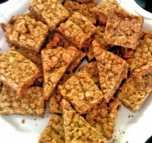 Oatmeal Caramel Bars | Adventures of a Hungry Redhead