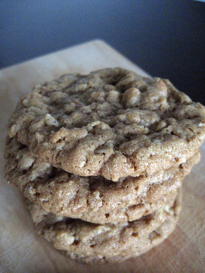 Biscoff Oatmeal Cookies | Adventures of a Hungry Redhead
