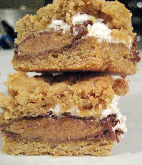 Peanut Butter Cup S'More Bars   Adventures of a Hungry Redhead