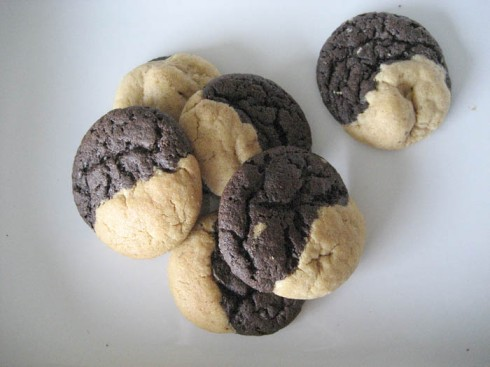Mini Peanut Butter and Chocolate Swirl Cookies | Adventures of a Hungry Redhead