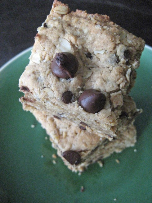 Vegan Chocolate Chip Blondies | Adventures of a Hungry Redhead